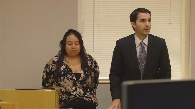 Hillsboro mother accused of abandoning kids in park to get tattoo pleads not guilty to child neglect