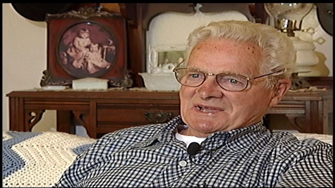 Donald Malarkey during a 2004 interview with FOX 12 Oregon (KPTV)