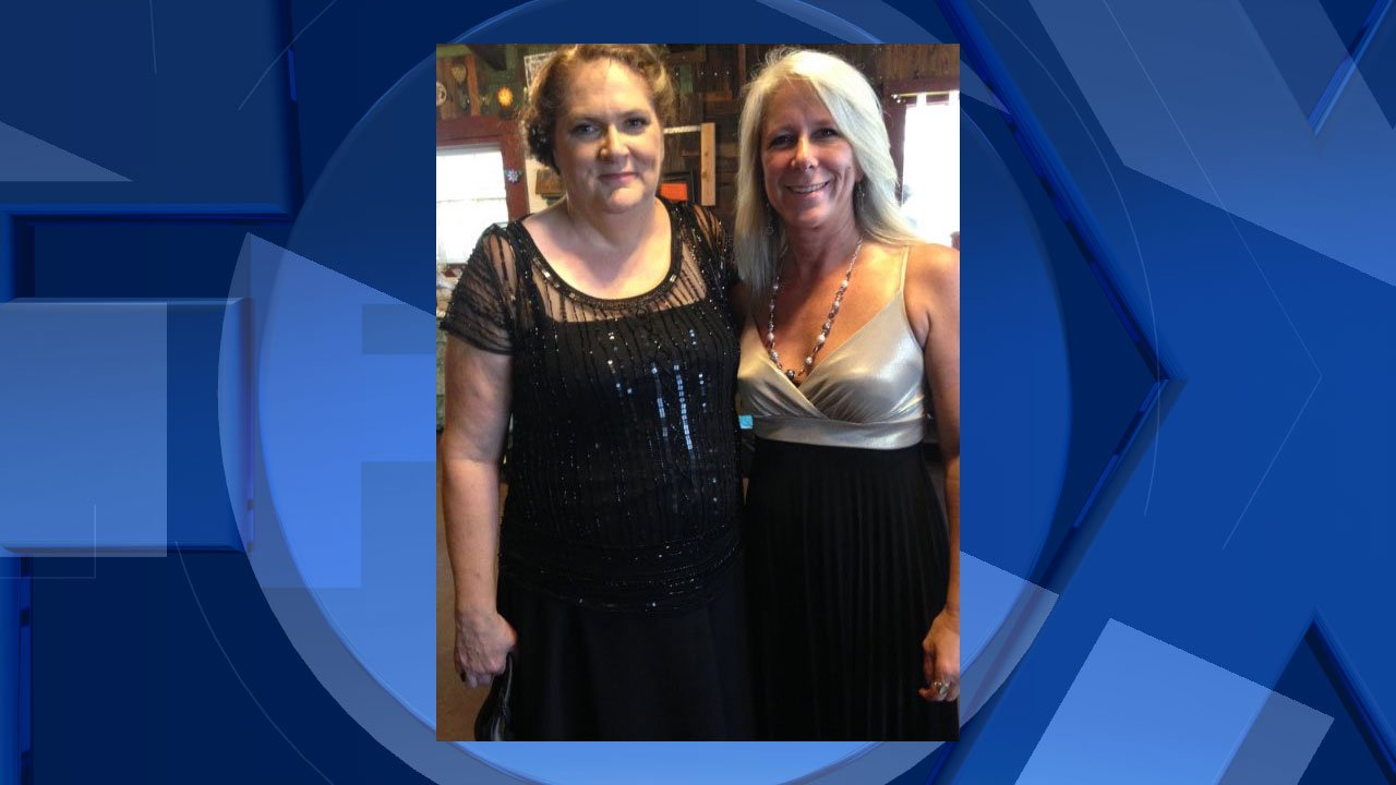 Vancouver resident Dena Sarvela (right) immediately dropped everything and flew to Las Vegas after hearing her sister Kim Gervais (left) was among the victims in the horrific mass shooting Sunday night. (courtesy Dena Sarvela)