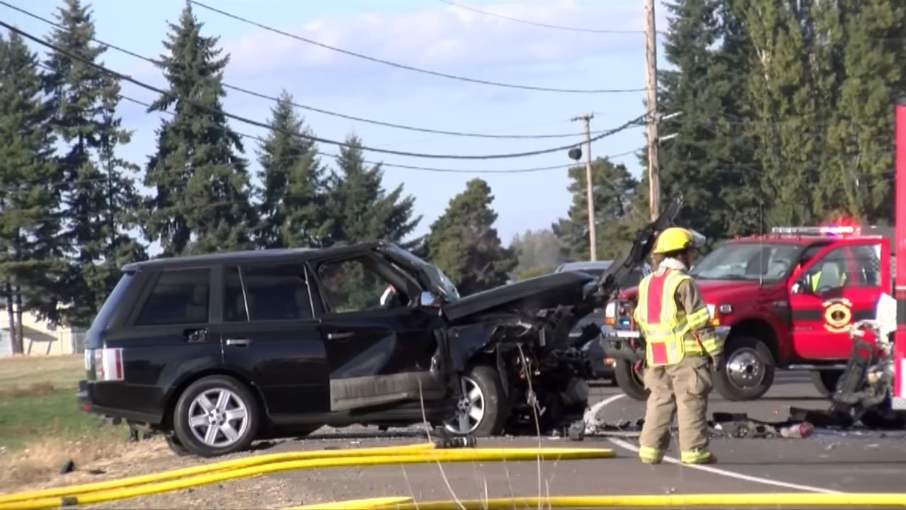 OSP: Woman, 4 children die in head-on crash north of Salem