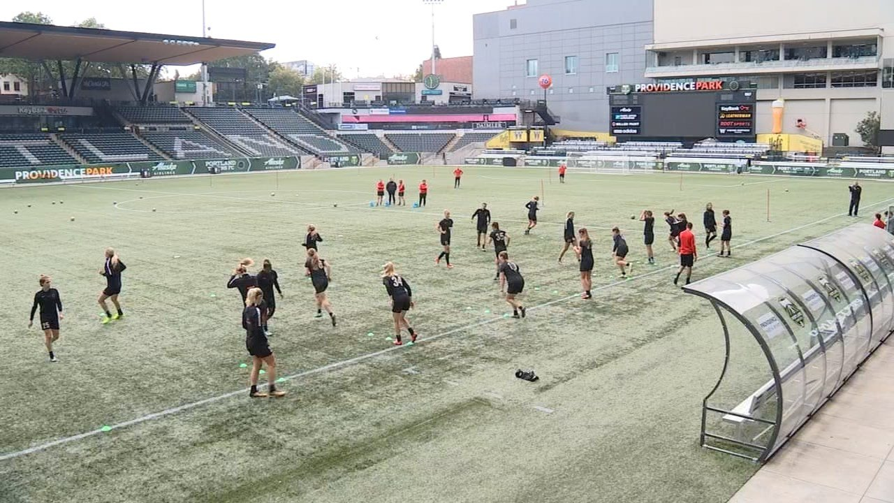 Portland Thorns players training at Providence Park on Tuesday. (KPTV)