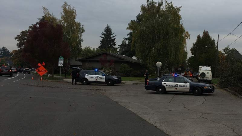 Police shoot suspect after bank robbery in North Portland