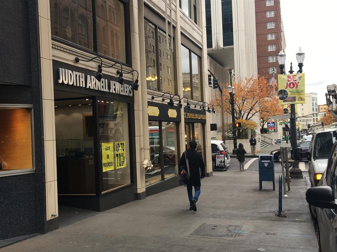 portland jewelry store owner forced to blames