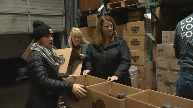 Sunshine Division preps Thanksgiving food boxes