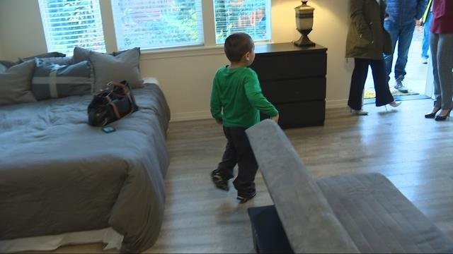 Multnomah County gives homeless families a 'Home for the Holidays'