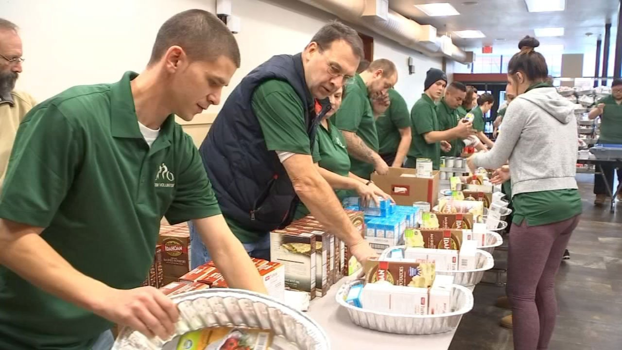 Union Gospel serves more than 600 Thanksgiving meals