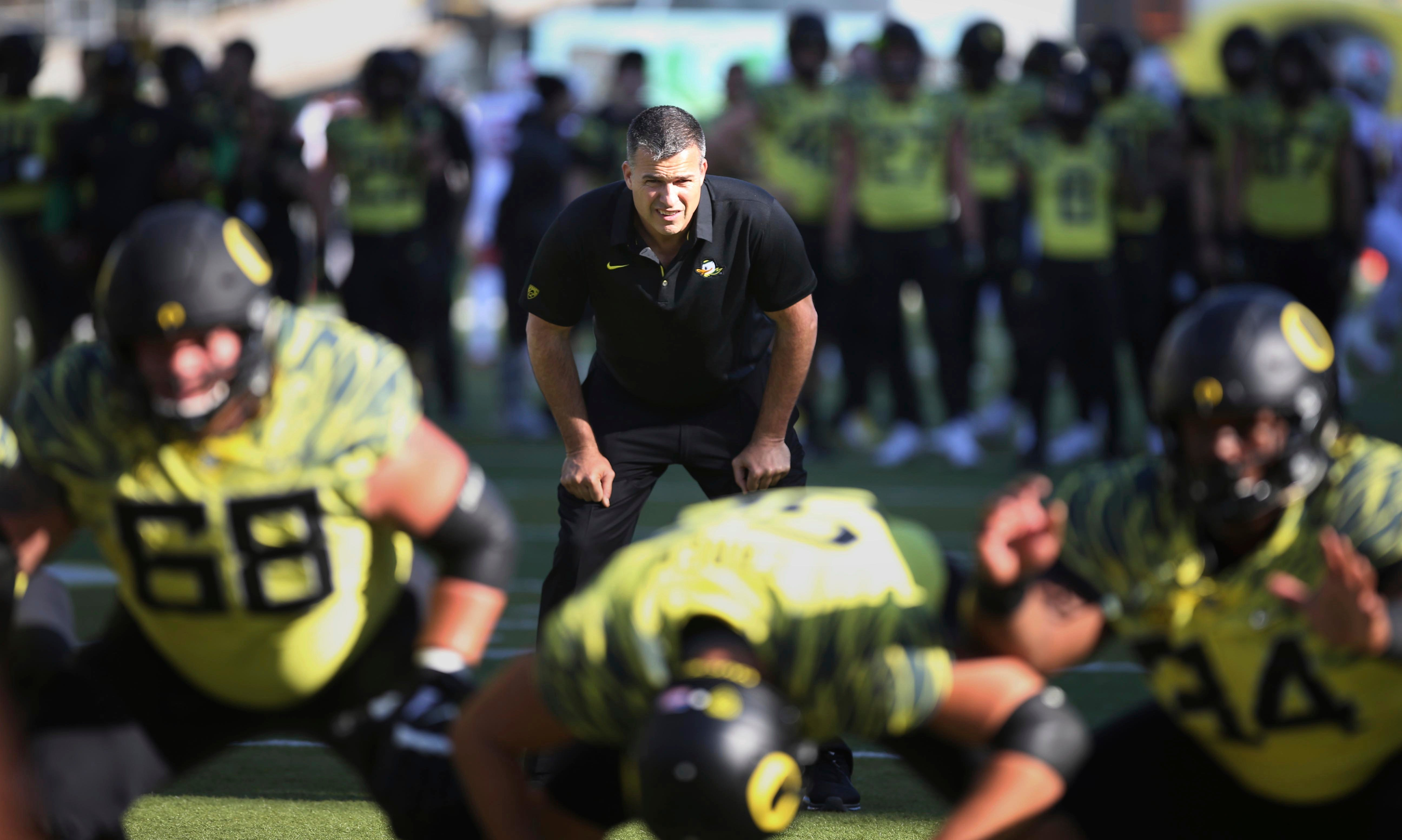 Oregon To Hire Offensive Coordinator Mario Cristobal As Head Coach