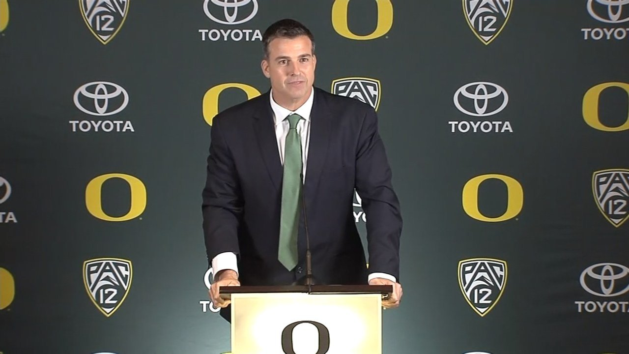 Mario Cristobal Reportedly Will Replace Willie Taggart as Oregon HC