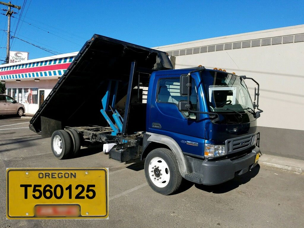 Marion County deputies are looking for a stolen blue and black 2006 Food flatbed commercial work truck with a tilt bed and Oregon license T560125. (Marion Co. Sheriff's Office)