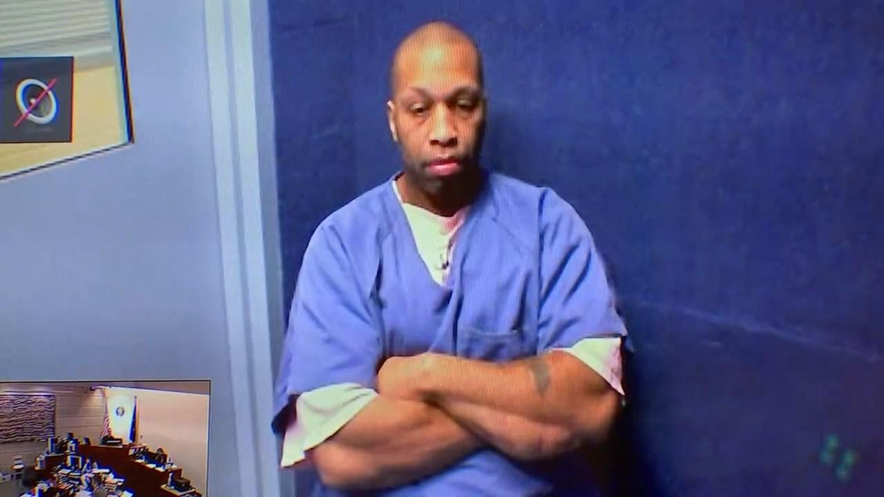 Alphonzo Johnson in court Monday. (KPTV)