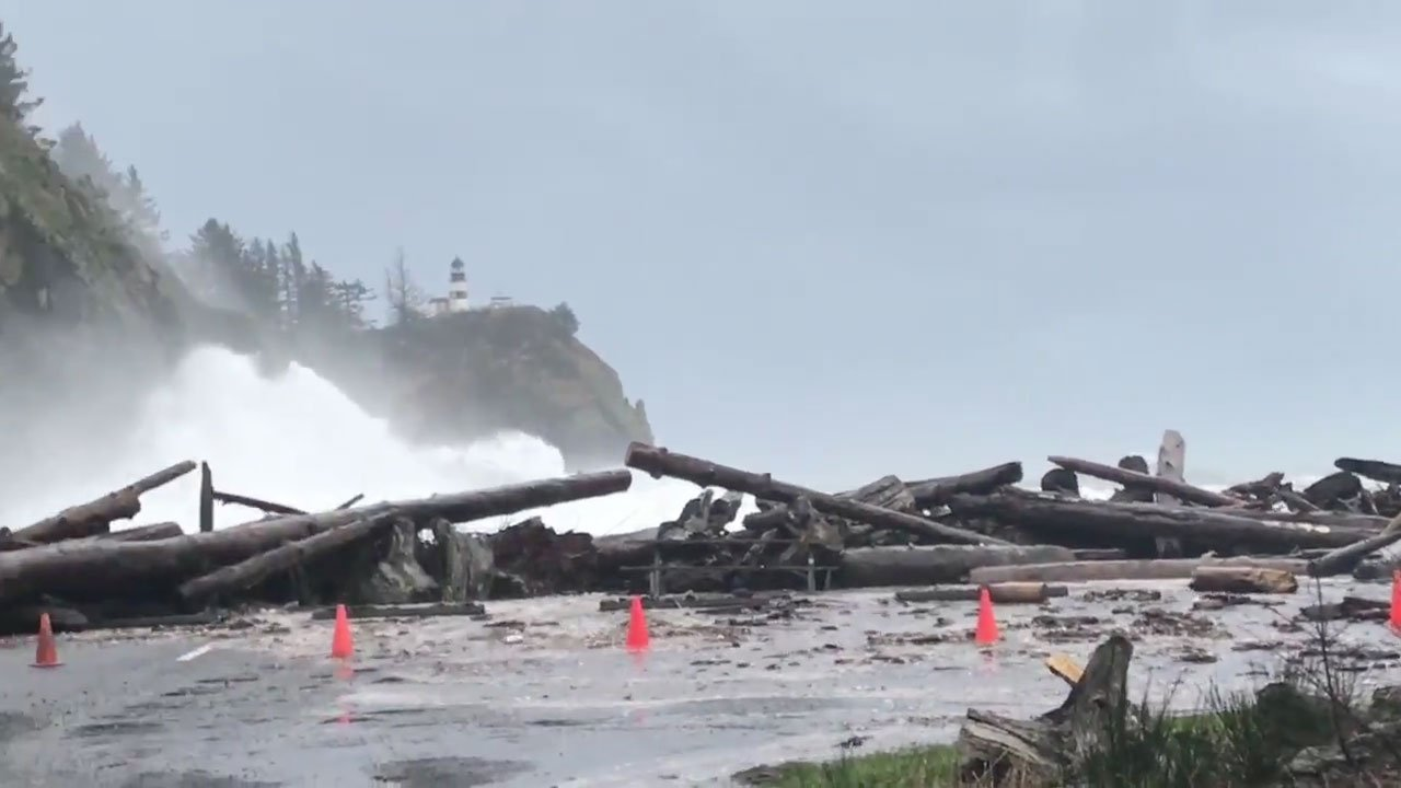 Driftwood logs piled up on the beaches near Cape Disappointment as huge waves crashed the Pacific coast in Washington and Oregon Thursday. (photo courtesy of Clifford Paguio)