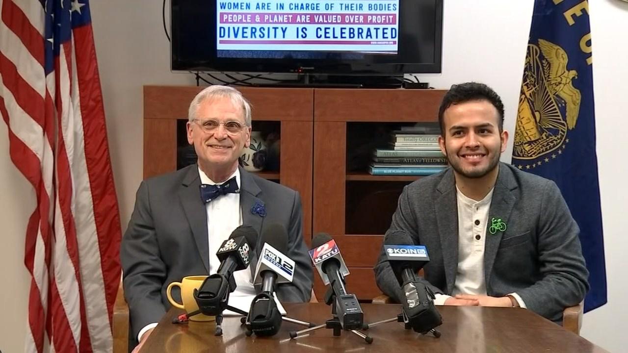 Rep. Earl Blumenauer and Aldo Solano. (KPTV)
