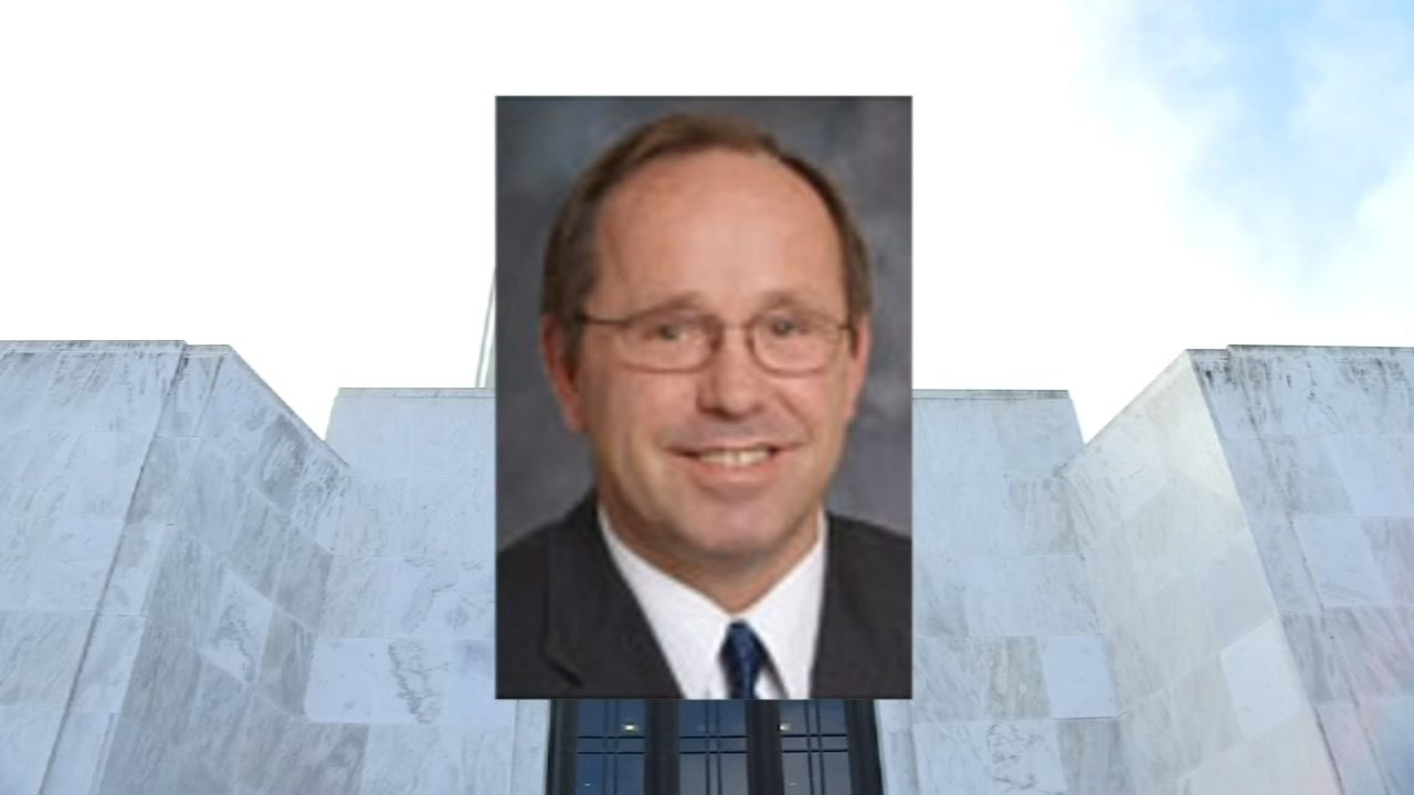 Kruse Won't Resign, But Will Stay Out Of Oregon Capitol For Now