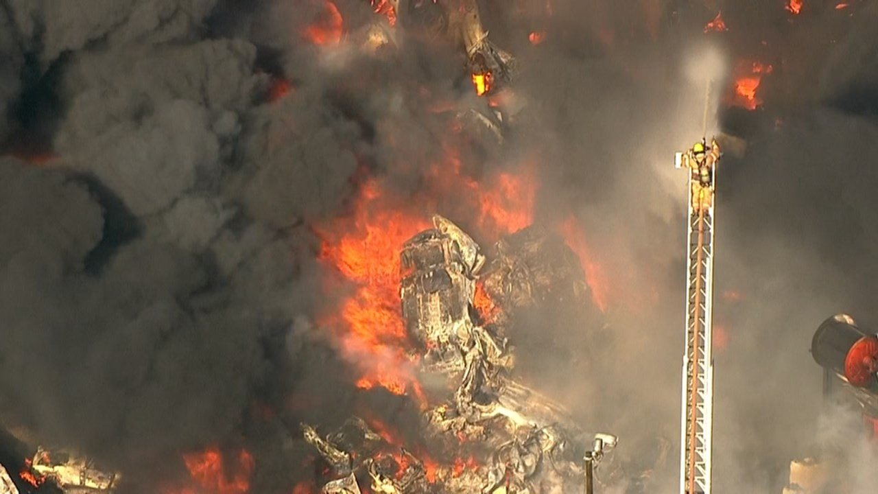 AIR 12 overview of the fire (Image: KPTV)