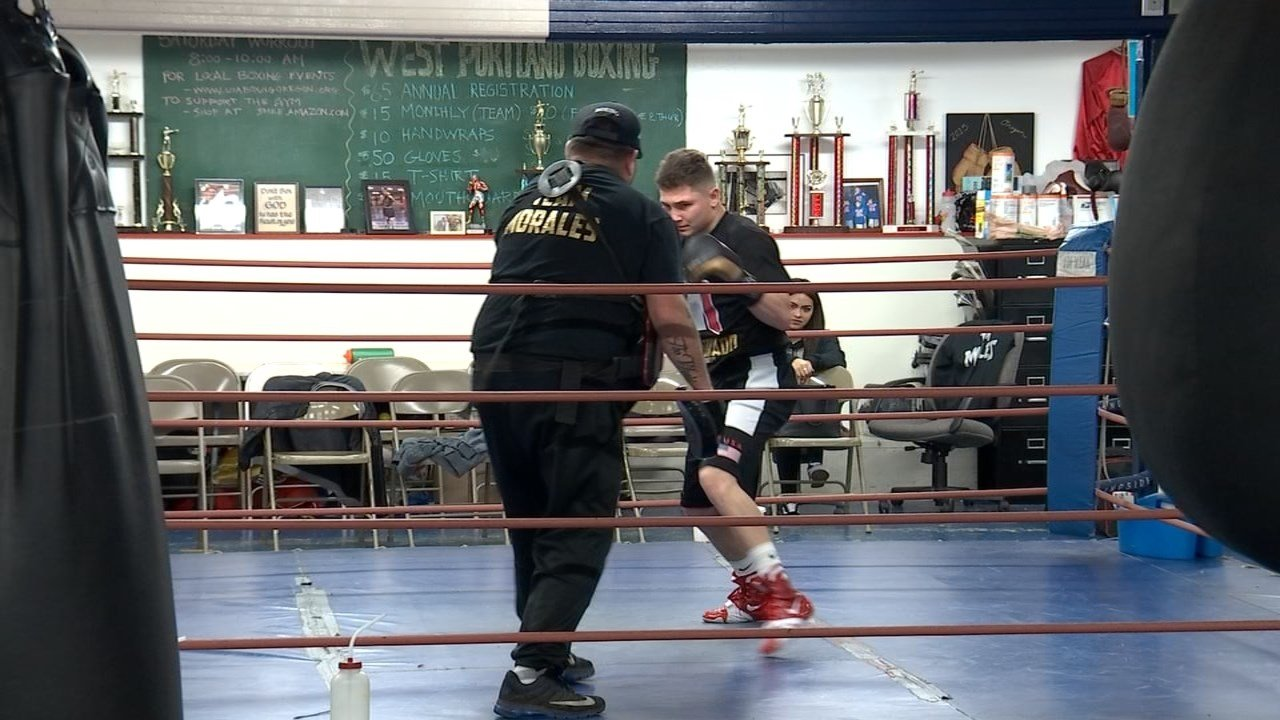 Union High School grad begins pro boxing career with undefeated start