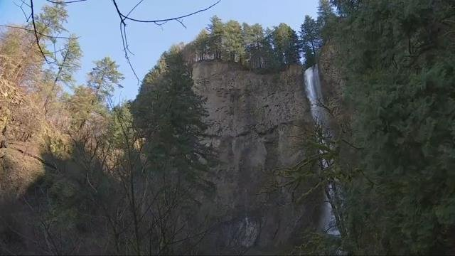 Viewing area at Multnomah Falls opens months after destructive Eagle Creek Fire
