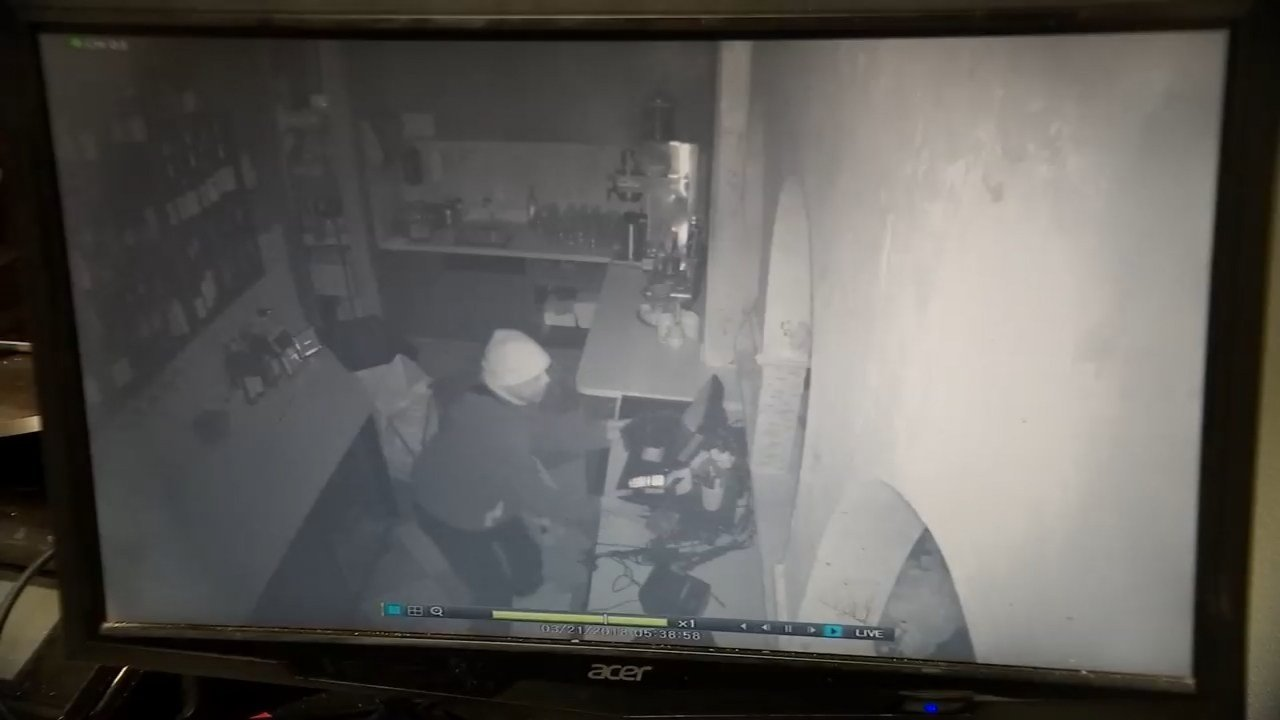 Surveillance image of burglary at Zaatar (KPV)