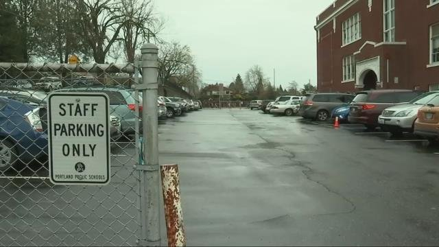 Parents notified of man in truck exposing himself near Portland schools