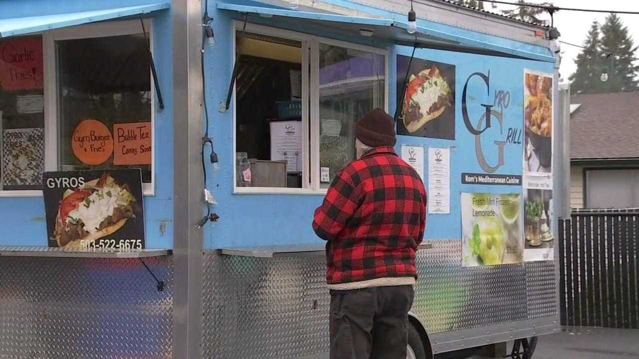 Gyro Grill in Sandy (KPTV)