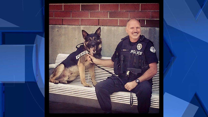 K-9 Yago with his handler, Officer Les Hall (Image: Milwaukie Police Department)