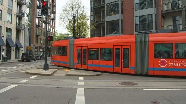 Eyes on the ride: Surveillance cameras coming to Portland Streetcar