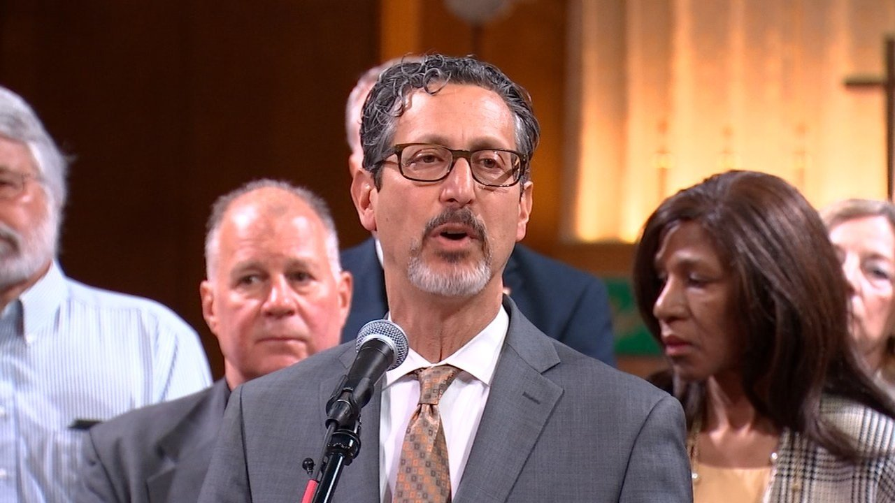Rabbi Michael Cahana. (KPTV photo).