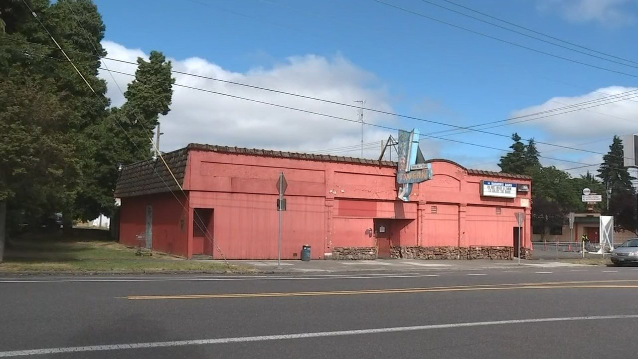 Barn Tavern in north Portland. (KPTV)