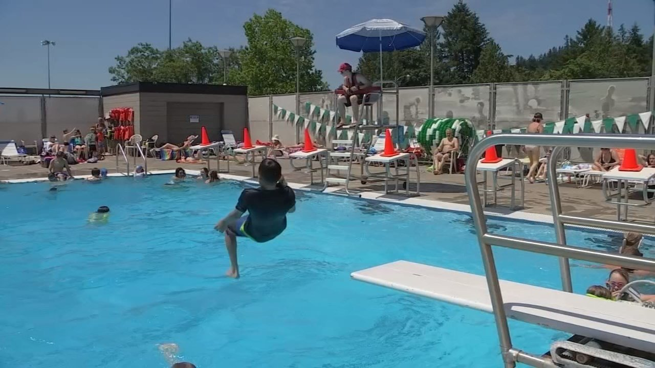 Public Pools Open Around Portland Area As Families Find Relief F News Weather Sports Toledo Oh