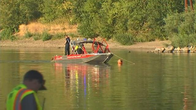 Search for Calif. man who tried to swim across Willamette River suspended