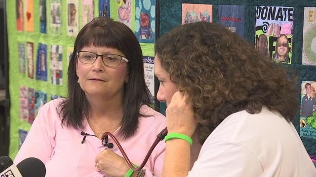 Mother, who lost her daughter, hears her daughter's heartbeat for the first time after being donated