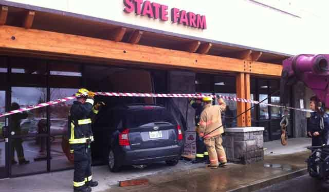 Driver plows SUV into Vancouver insurance office - KPTV - FOX 12