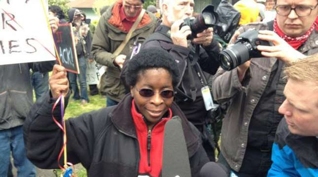 Alicia Jackson re-entered her home in northeast Portland with the help of protesters.