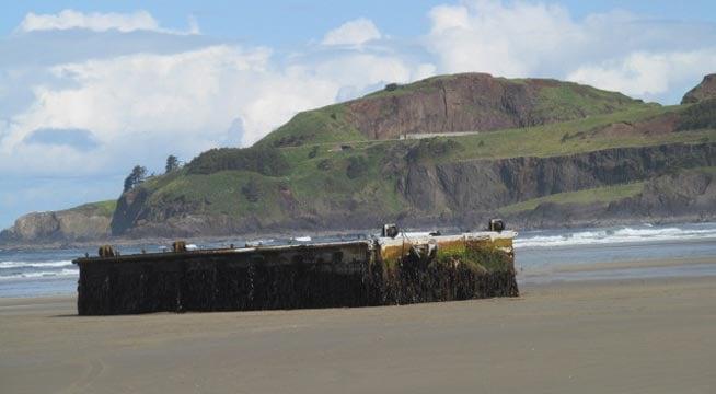 Japanese tsunami dock on the Oregon coast