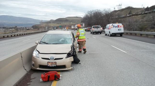 Interstate 84 crash near The Dalles. Photo: Oregon State Police