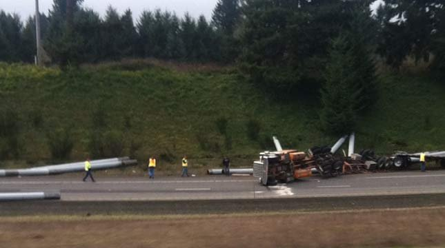 I-5 offramp crash // Photo: Armando C