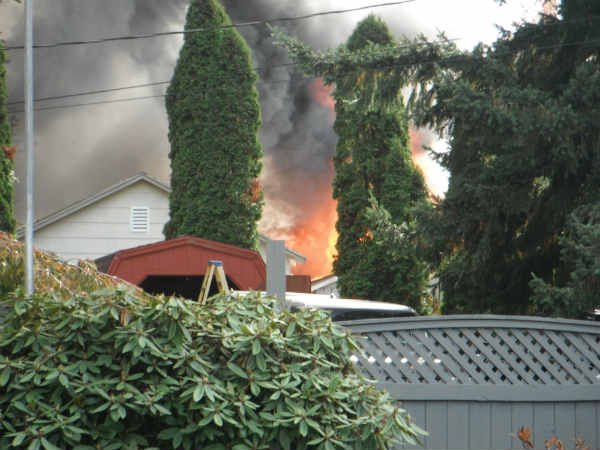 Deputies think the fire at this Oregon City home was intentionally set.
