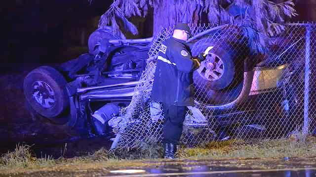 Man Pinned Between Car And Tree In Se Rollover Crash