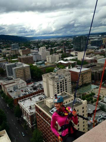 Fox 12's Amy Troy rappelled down the downtown Portland building on Thursday.