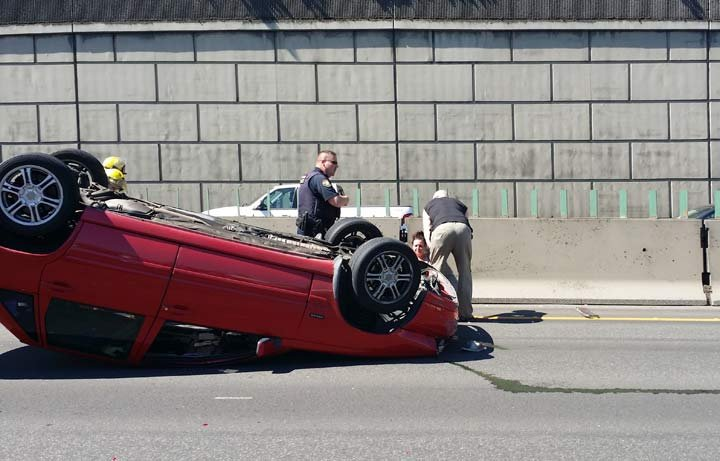 The crash took place near the Hollywood exit and it shut down multiple lanes of the freeway. (Photo: Vitaliy Mulyar)