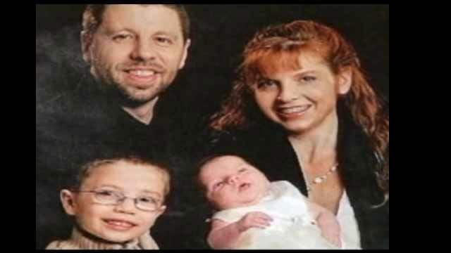 Family photo of Kaine, Terri and Kyron Horman. File image.