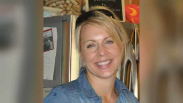 Jennifer Huston swiped her debit card at the Circle K gas station on Portland Road in Newberg on Thursday night.