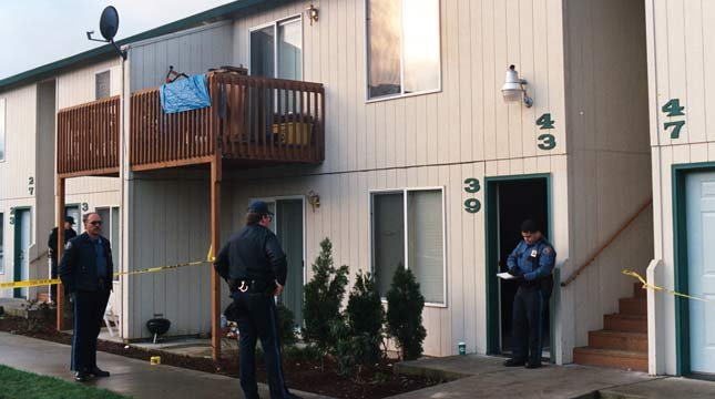 File image from murder scene at southeast Portland apartments in December 1995.