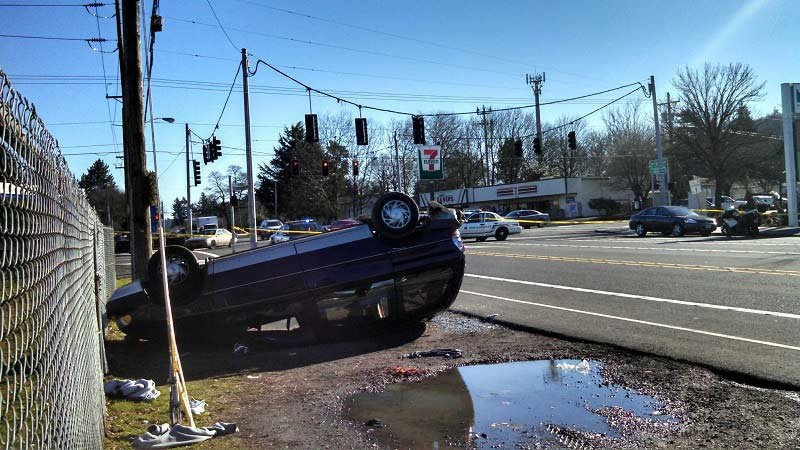 Man in critical condition after Powell Blvd. crash