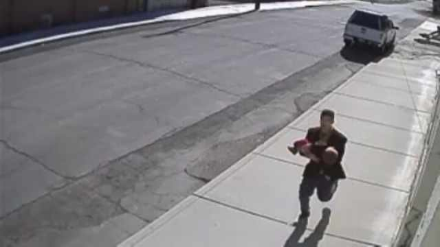 Oregon Gas Prices >> Caught on camera: Attempted child abduction at park in ...
