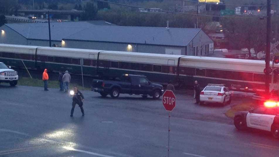 Amtrak train hits and kills pedestrian in Oregon City - Portland