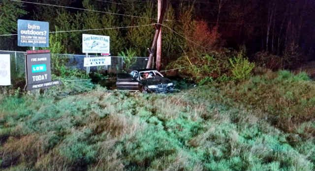 Woman crashes car into utility pole in Kalama