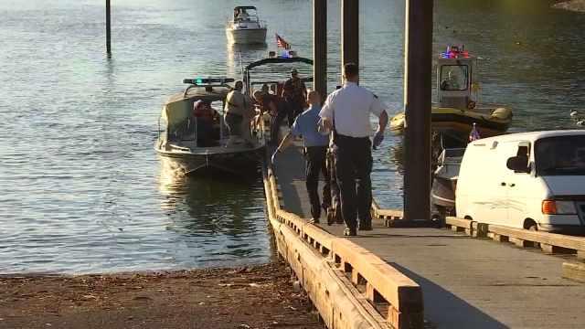 Portland Man Drowns Trying To Swim Across Clackamas River Fox10 News Wala