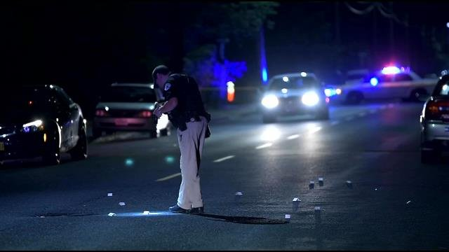 Portland Police searching for suspect who hit a woman