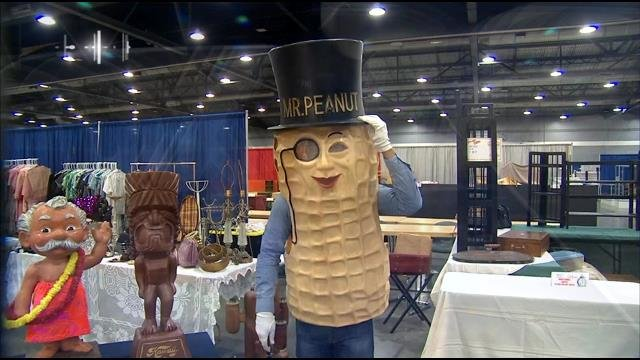 "Joe gets ""nutty"" at the Antique and Collectibles Show"