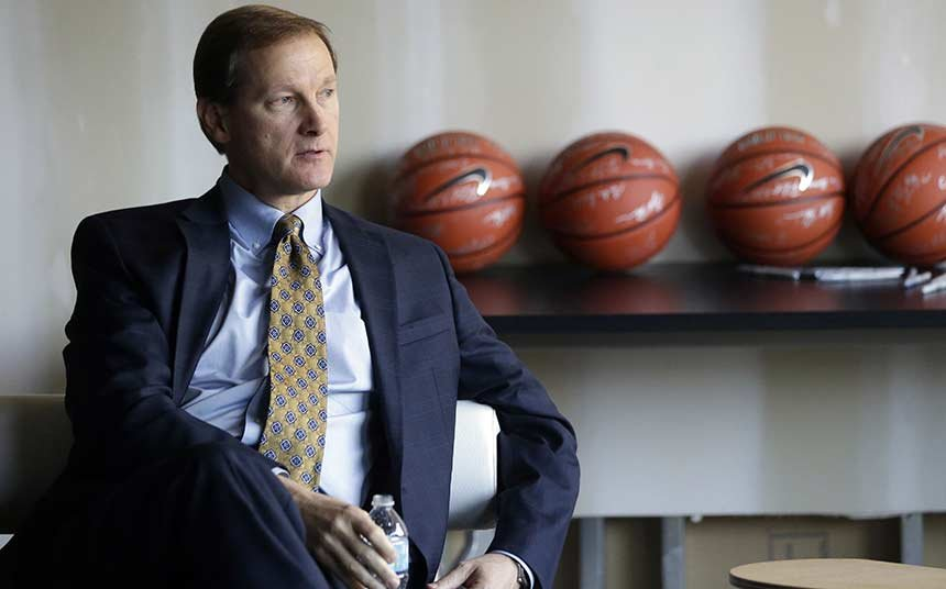 UO men's basketball head coach Dana Altman